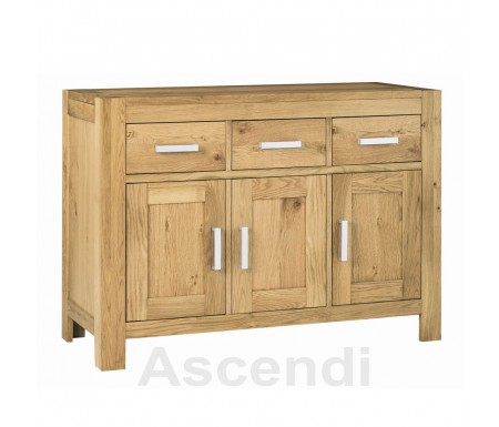 Bentley Designs Lyon Oak Sideboard with Alloy or Wood Handles